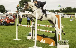 Gemma Tattersall riding Djakota